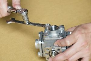 valve assemble with torque wrench in Zipson